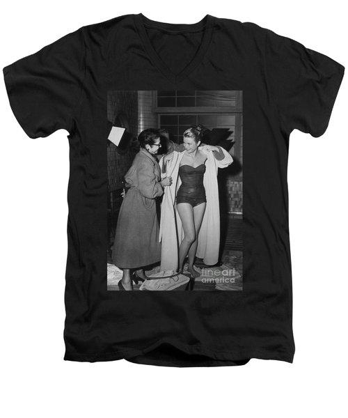 Grace Kelly  Men's V-Neck T-Shirt by Photo Researchers