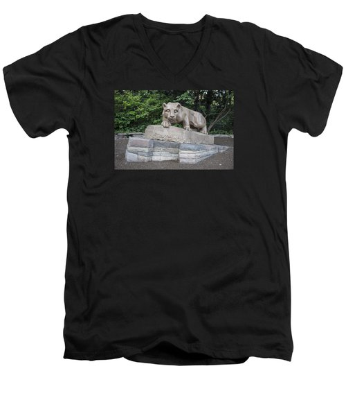 Penn Statue Statue  Men's V-Neck T-Shirt by John McGraw
