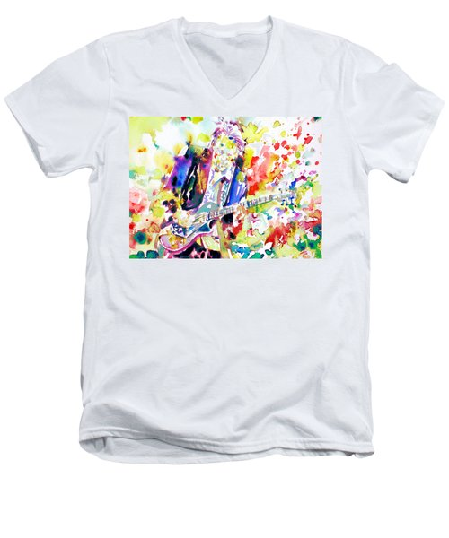 Neil Young Playing The Guitar - Watercolor Portrait.2 Men's V-Neck T-Shirt by Fabrizio Cassetta