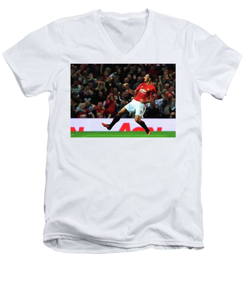 Manchester United's Zlatan Ibrahimovic Celebrates Men's V-Neck T-Shirt by Don Kuing