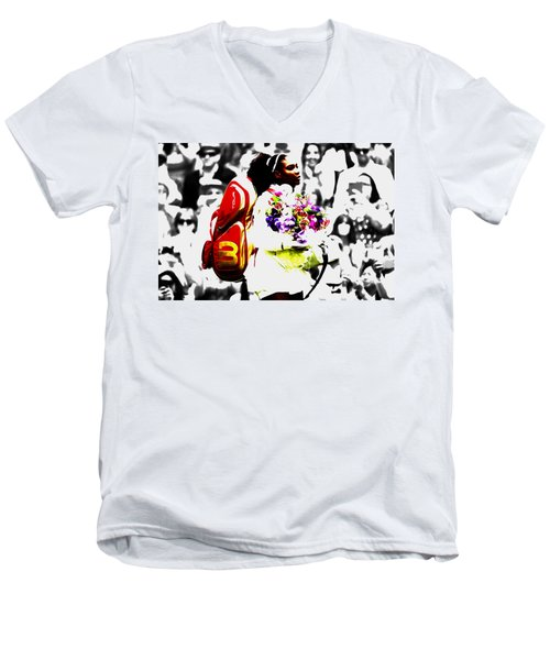 Serena Williams 2f Men's V-Neck T-Shirt by Brian Reaves