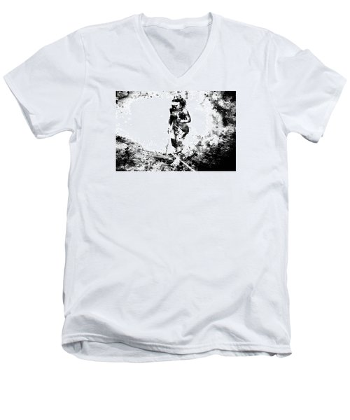 Serena Williams Dont Quit Men's V-Neck T-Shirt by Brian Reaves
