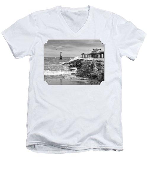 Tide's Turning - Black And White - Southwold Pier Men's V-Neck T-Shirt by Gill Billington