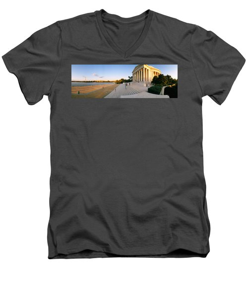 Monument At The Riverside, Jefferson Men's V-Neck T-Shirt by Panoramic Images