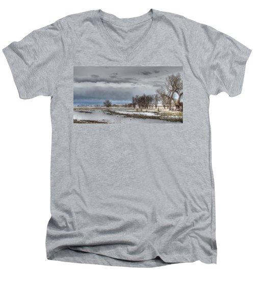 Men's V-Neck T-Shirt featuring the photograph Ardmore Prairie by Bill Gabbert
