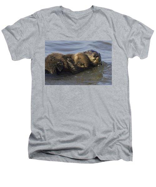 Sea Otter Mother With Pup Monterey Bay Men's V-Neck T-Shirt by Suzi Eszterhas