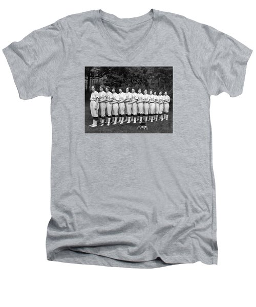 Vintage Photo Of Women's Baseball Team Men's V-Neck T-Shirt by American School
