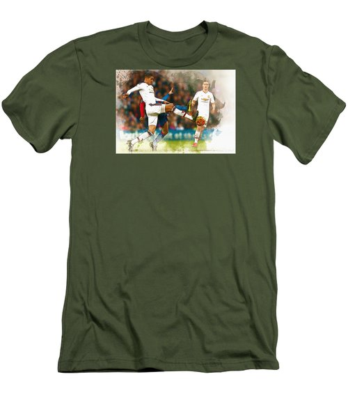 Chris Smalling  In Action  Men's T-Shirt (Slim Fit) by Don Kuing