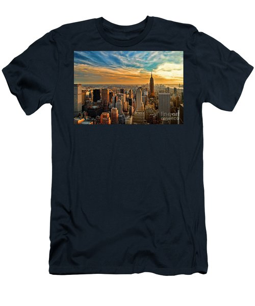 City Sunset New York City Usa Men's T-Shirt (Slim Fit) by Sabine Jacobs