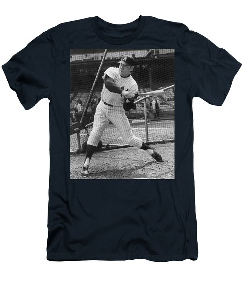 Mickey Mantle Poster Men's T-Shirt (Slim Fit) by Gianfranco Weiss