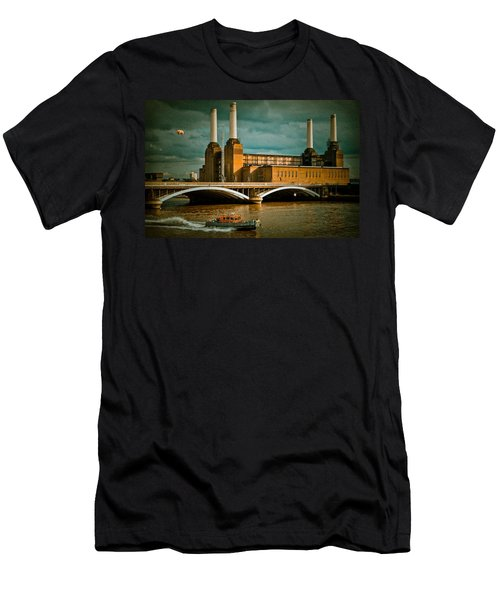 Pink Floyd Pig At Battersea Men's T-Shirt (Slim Fit) by Dawn OConnor