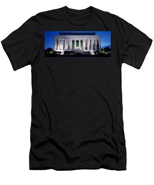 Lincoln Memorial At Dusk, Washington Men's T-Shirt (Slim Fit) by Panoramic Images