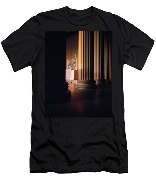 The Lincoln Memorial In The Morning Men's T-Shirt (Slim Fit) by Panoramic Images