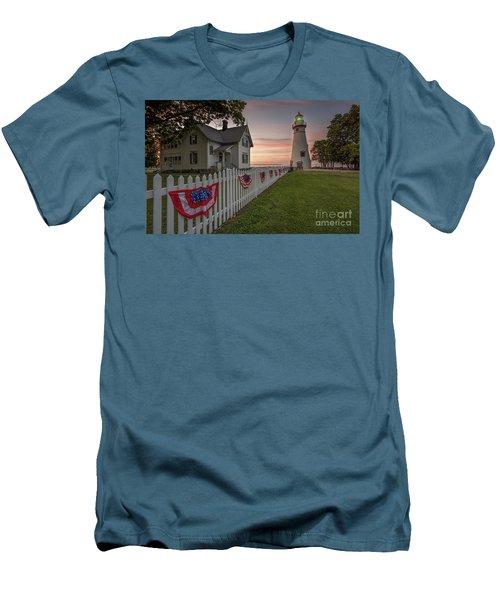 Marblehead Memorial  Men's T-Shirt (Slim Fit) by James Dean