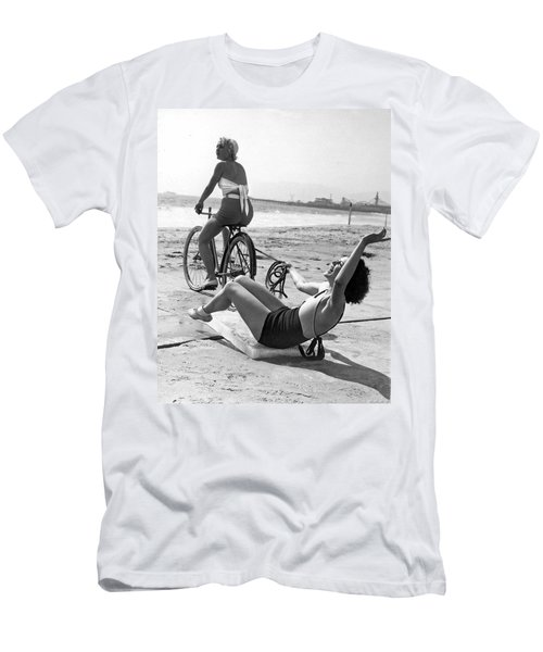 New Sport Of Ice Planing Men's T-Shirt (Slim Fit) by Underwood Archives