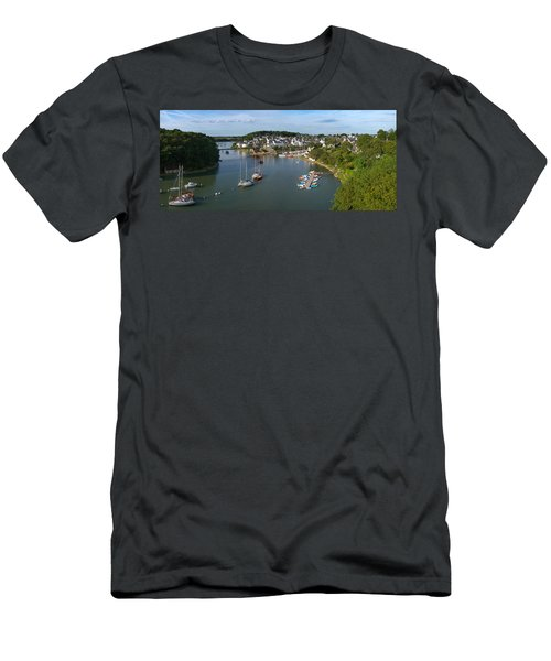 Boats In The Sea, Le Bono, Gulf Of Men's T-Shirt (Slim Fit) by Panoramic Images