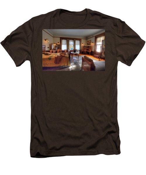 Bedroom Glensheen Mansion Duluth Men's T-Shirt (Slim Fit) by Amanda Stadther