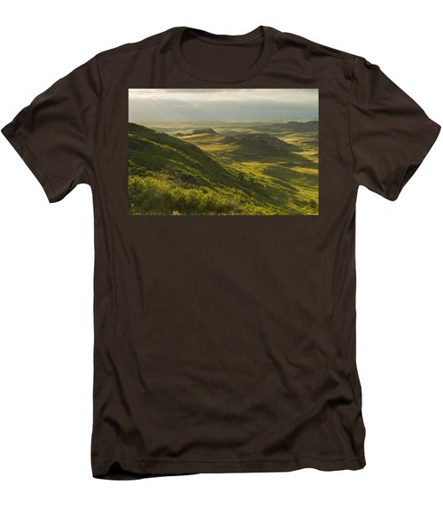 Killdeer Badlands In The East Block Of Men's T-Shirt (Slim Fit) by Dave Reede