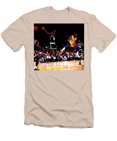 Magic Johnson No Look Pass 7a Men's T-Shirt (Slim Fit) by Brian Reaves