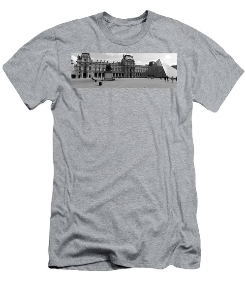 Tourists In The Courtyard Of A Museum Men's T-Shirt (Slim Fit) by Panoramic Images