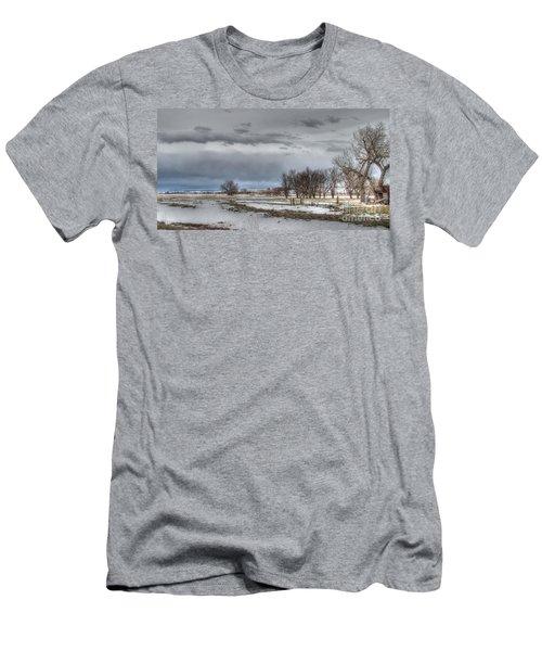 Men's T-Shirt (Slim Fit) featuring the photograph Ardmore Prairie by Bill Gabbert
