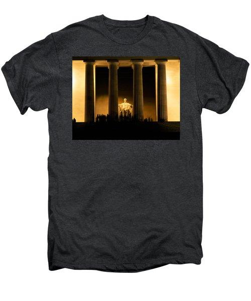 Lincoln Memorial Illuminated At Night Men's Premium T-Shirt by Panoramic Images