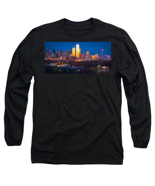 Dallas Skyline Long Sleeve T-Shirt by Inge Johnsson