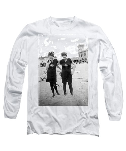 Two Girls At Venice Beach Long Sleeve T-Shirt by Underwood Archives