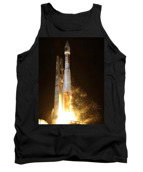 Tank Top featuring the photograph Atlas V Rocket Taking Off by Science Source