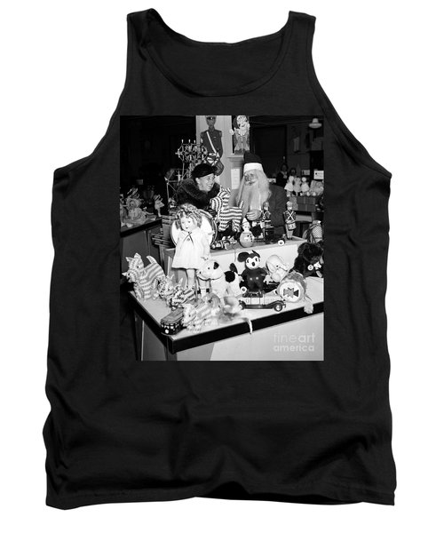 First Lady Eleanor Roosevelt And Santa Tank Top by Science Source