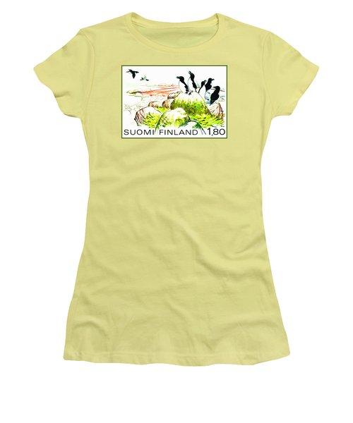 Razorbills Women's T-Shirt (Junior Cut) by Lanjee Chee
