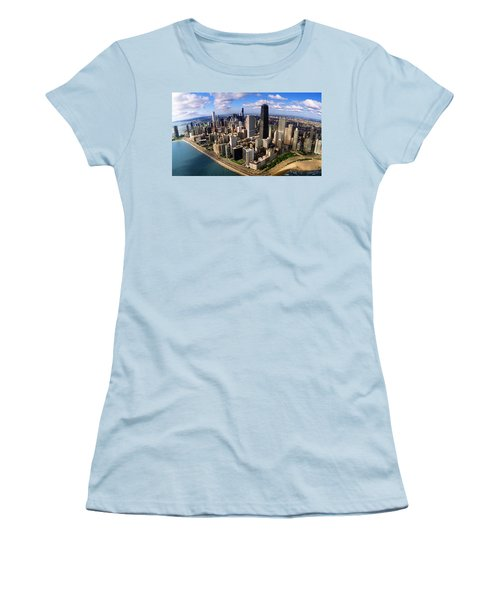 Chicago Il Women's T-Shirt (Junior Cut) by Panoramic Images