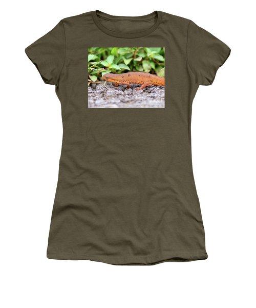 Red Eft - Close Up Women's T-Shirt (Junior Cut) by Kerri Farley