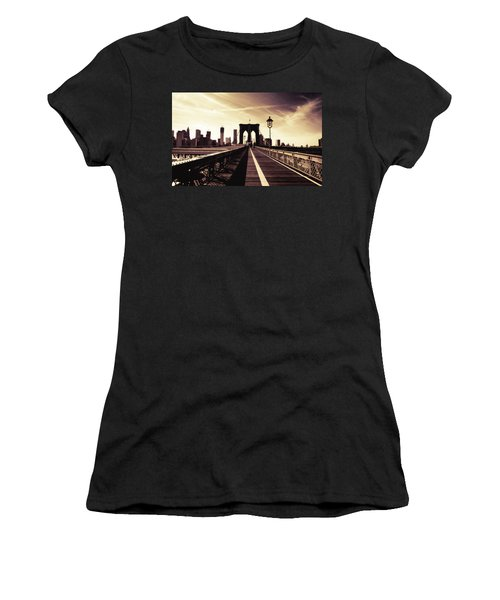 The Brooklyn Bridge - New York City Women's T-Shirt (Junior Cut) by Vivienne Gucwa