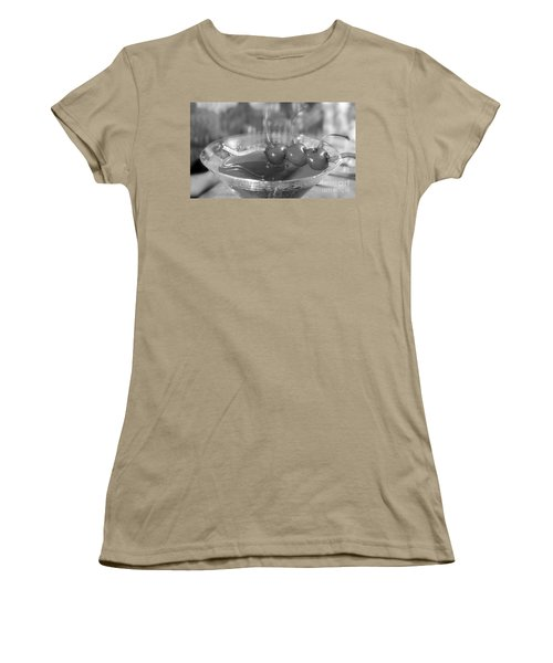 Shirley Temple Drink Women's T-Shirt (Junior Cut) by Iris Richardson