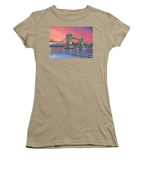 Tower Bridge After The Snow Women's T-Shirt (Junior Cut) by Richard Harpum