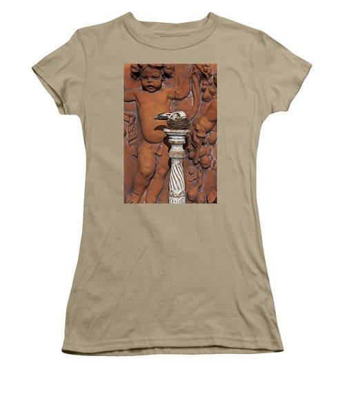 Turkey Vulture Skull Women's T-Shirt (Junior Cut) by Garry Gay
