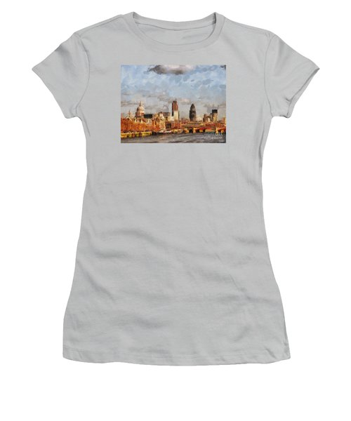 London Skyline From The River  Women's T-Shirt (Junior Cut) by Pixel Chimp