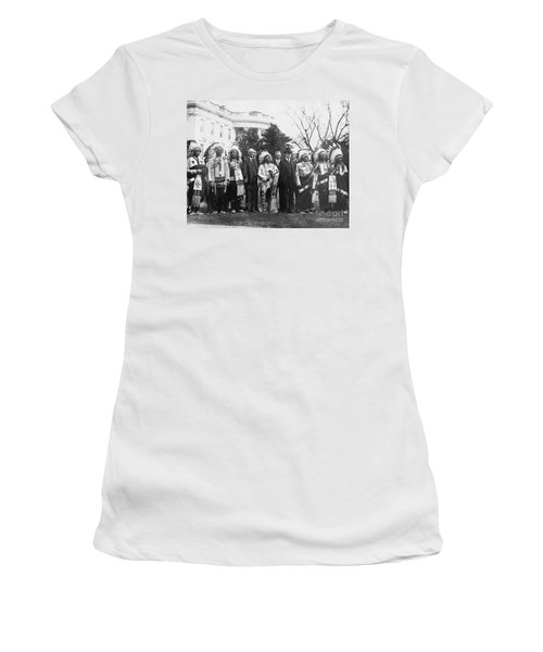 Coolidge With Native Americans Women's T-Shirt (Junior Cut) by Photo Researchers