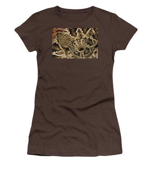 Eastern Diamondback Rattlesnake Women's T-Shirt (Junior Cut) by Gerry Ellis