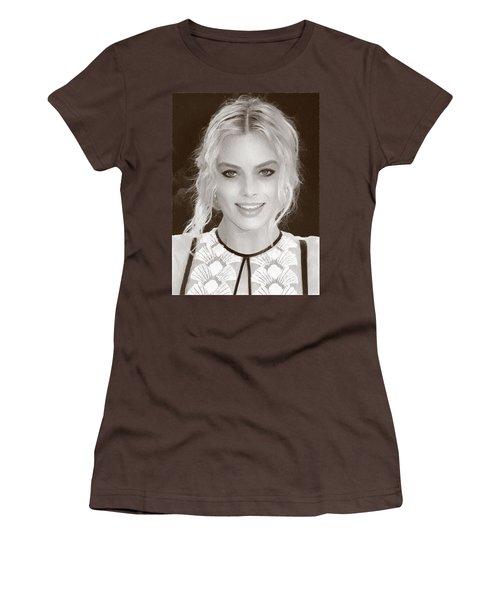 Actress Margot Robbie Women's T-Shirt (Junior Cut) by Best Actors