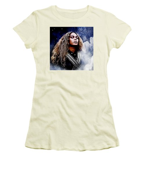 Beyonce  Women's T-Shirt (Junior Cut) by The DigArtisT
