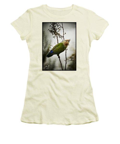 Lovebird  Women's T-Shirt (Junior Cut) by Saija  Lehtonen