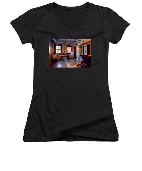 Glensheen Mansion Duluth Women's V-Neck T-Shirt (Junior Cut) by Amanda Stadther