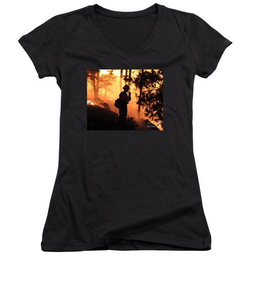 Women's V-Neck T-Shirt (Junior Cut) featuring the photograph Firefighter At Night On The White Draw Fire by Bill Gabbert