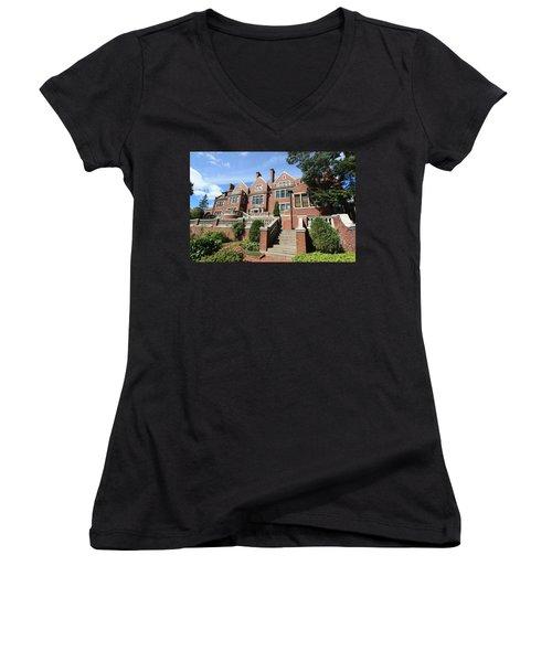 Glensheen Mansion Exterior Women's V-Neck T-Shirt (Junior Cut) by Amanda Stadther