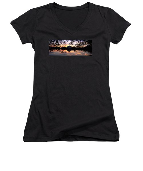Memorial At The Waterfront, Jefferson Women's V-Neck T-Shirt (Junior Cut) by Panoramic Images