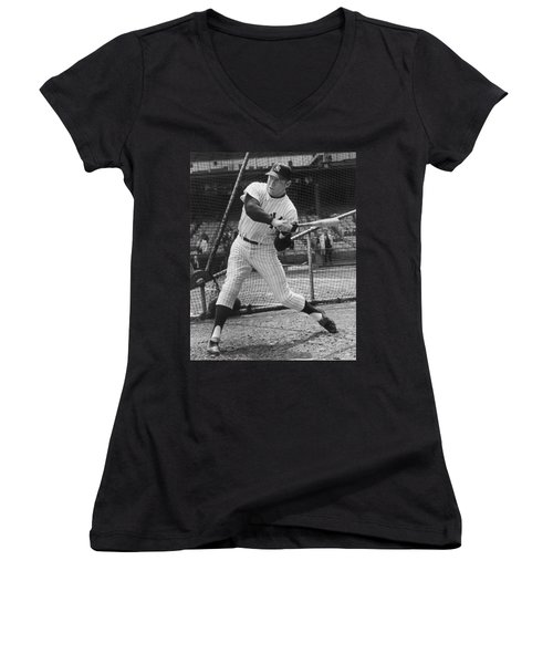 Mickey Mantle Poster Women's V-Neck T-Shirt (Junior Cut) by Gianfranco Weiss
