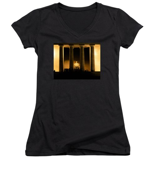 Lincoln Memorial Illuminated At Night Women's V-Neck T-Shirt (Junior Cut) by Panoramic Images