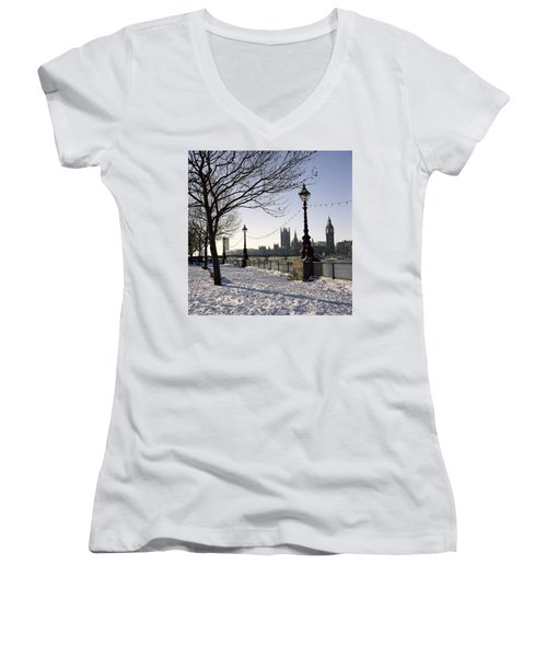 Big Ben Westminster Abbey And Houses Of Parliament In The Snow Women's V-Neck T-Shirt (Junior Cut) by Robert Hallmann